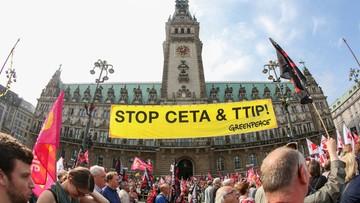 """""""STOP CETA - STOP TTIP"""". Demonstracje przeciwko umowom o wolnym handlu"""