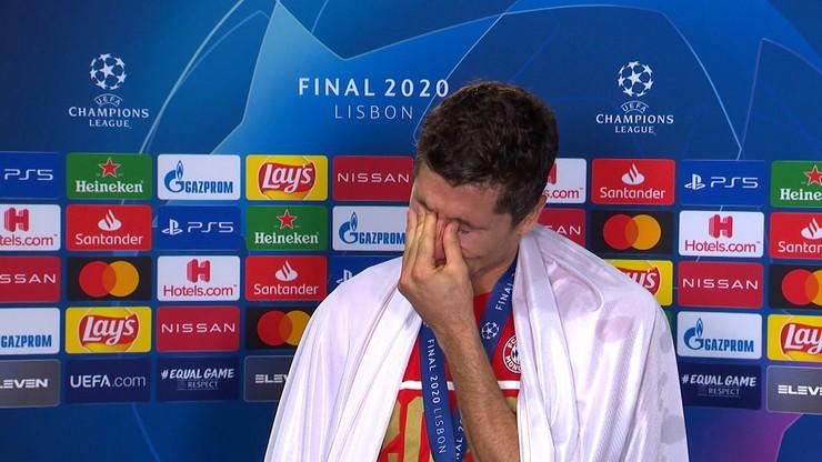 Robert Lewandowski wzruszony po meczu Paris Saint-Germain - Bayern Monachium. Finał Ligi Mistrzów