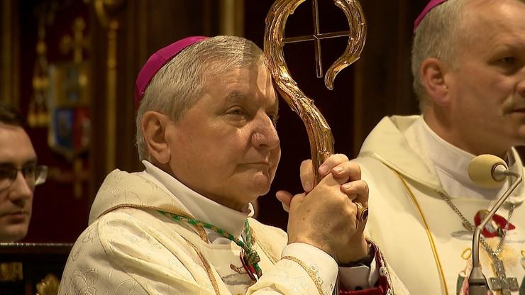 Papież odsunął bp. Janiaka od kierowania diecezją