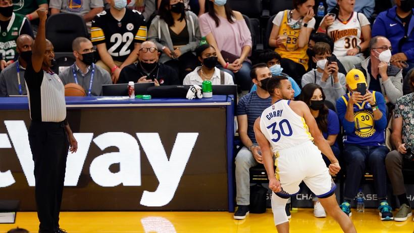 NBA: Bucks obronę tytułu zaczęli od wygranej. Warriors lepsi od Lakers