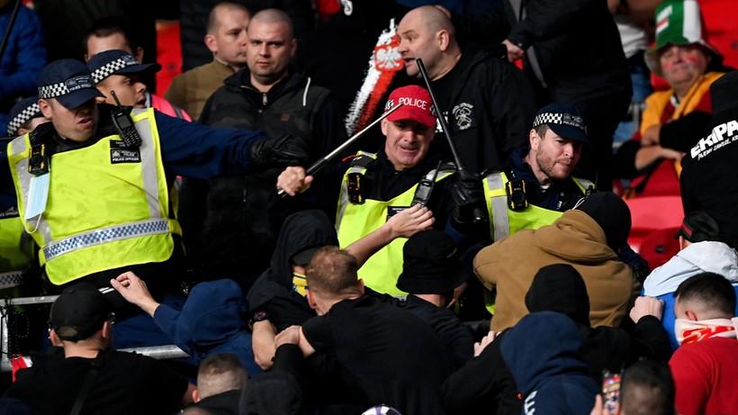 Brytyjska prasa: Skandaliczne zachowanie węgierskich kibiców przyćmiło słaby mecz Anglii