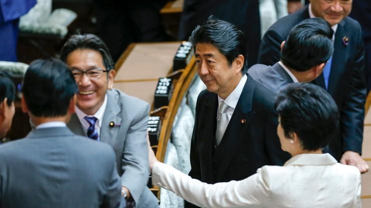 Japonia: zmiany w rządzie. Nacjonalistka ministrem obrony