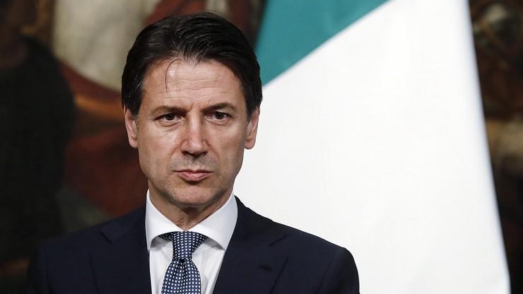"""Premier Włoch odwołał swoją pierwszą zagraniczną wizytę. """"Nie ma warunków"""" do spotkania z Macronem"""