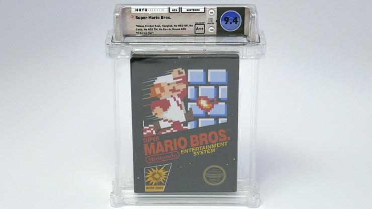 """Rekordowa kwota za grę wideo. Kopia """"Super Mario Bros."""" sprzedana za ponad 100 tys. dolarów"""