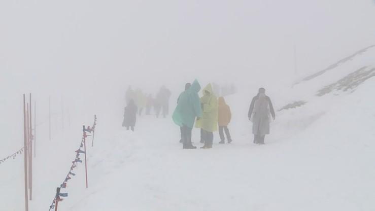 W Tatrach pełnia zimy. Obowiązuje zagrożenie lawinowe