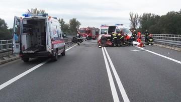 Śmiertelny wypadek na obwodnicy Kędzierzyna-Koźla. Jedno z aut rozpadło się na dwie części