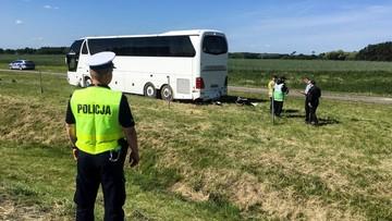 Lubuskie: wiózł dzieci na wycieczkę, stracił panowanie nad autobusem. Pięć osób w szpitalu