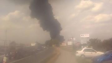 Ugaszono pożar w zakładzie recyklingu pod Toruniem. Dogaszanie pogorzeliska potrwa do wieczora