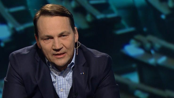 Sikorski został przesłuchany ws. sekcji zwłok ofiar katastrofy smoleńskiej