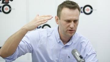 Nawalny dostał paszport, ale ma nie wyjeżdżać za granicę