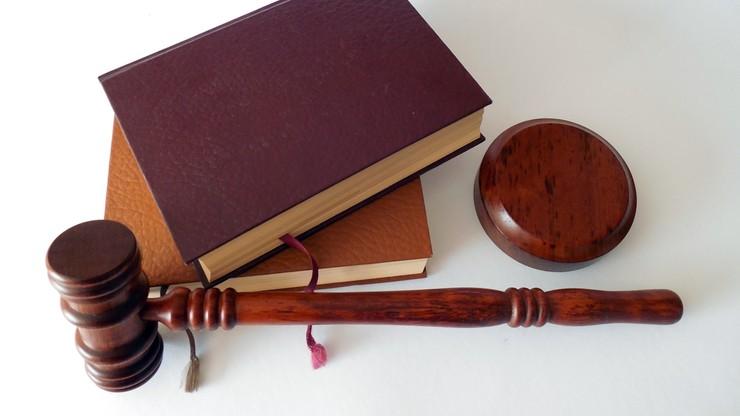 Sędzia Robert W. miał kraść sprzęt elektroniczny. Nie stawił się na pierwszej rozprawie