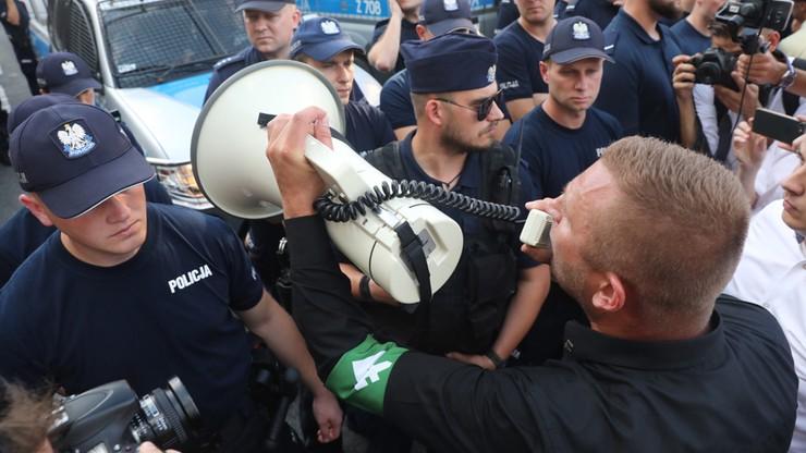 Ratusz: marsz narodowców nawiązywał do pochodów faszystów i nazistów