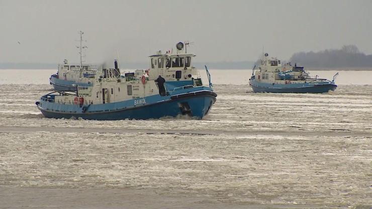 Lodołamacze znów w akcji. Rozbijają zator na Zbiorniku Włocławskim