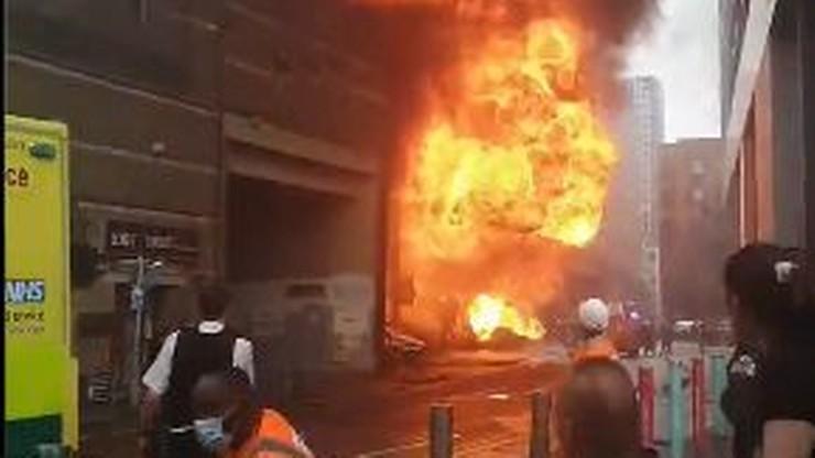"""Eksplozja w Londynie. Świadkowie widzieli """"kulę ognia"""""""