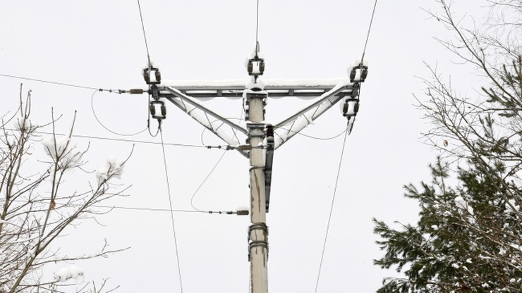 Kilkadziesiąt tysięcy osób bez prądu. Dwa dni usuwano awarie
