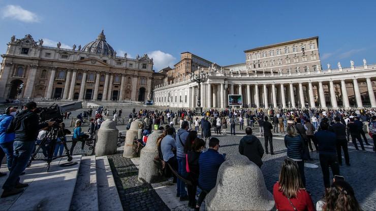 Włoski kardynał: ten, kto kwestionuje świętość Karola Wojtyły, nie wie co mówi