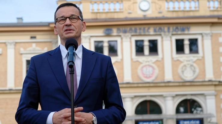 """""""Były zwycięstwem nad komunistyczną władzą"""" - Morawiecki o 40. rocznicy Porozumień Sierpniowych"""