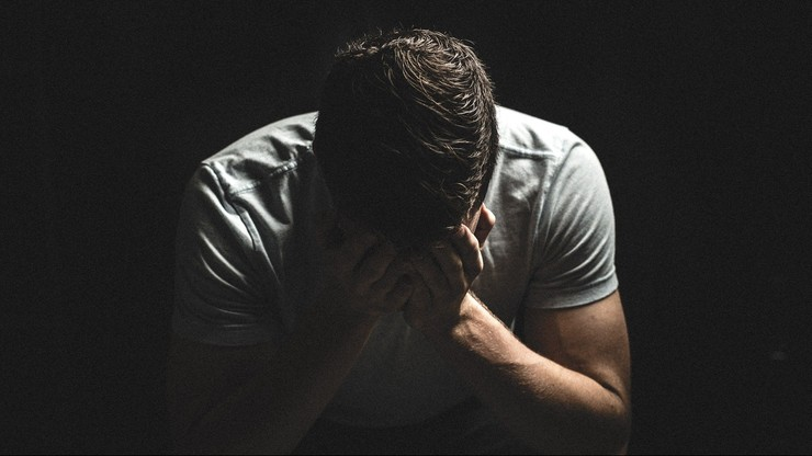 Więcej antydepresantów i L4. Efekt pandemii