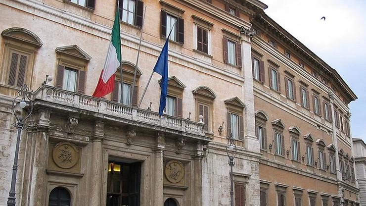 Włochy: zakaz robienia zdjęć deputowanym, którzy śpią podczas obrad