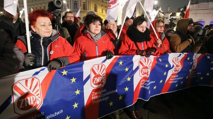 """Związek Nauczycielstwa Polskiego przygotowuje się do strajku. """"Nie będzie to strajk ostrzegawczy"""""""
