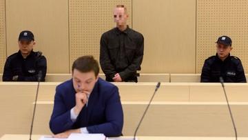 """""""Piotr L. jest okrutnym człowiekiem"""". Nożownik z Kórnika skazany na 25 lat więzienia"""