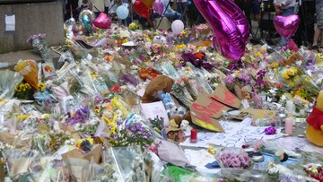 Zamach w Manchesterze. Ochroniarz nie zatrzymał terrorysty, bał się oskarżenia o rasizm