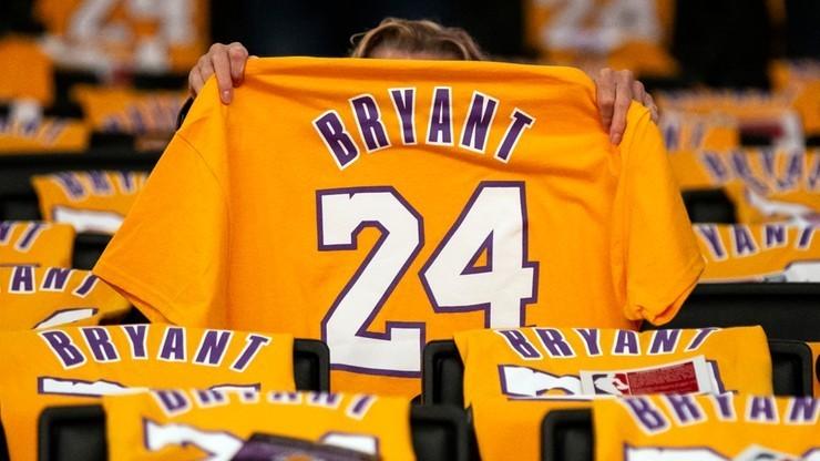 Ręcznik Bryanta sprzedany na aukcji za 33 tysiące dolarów