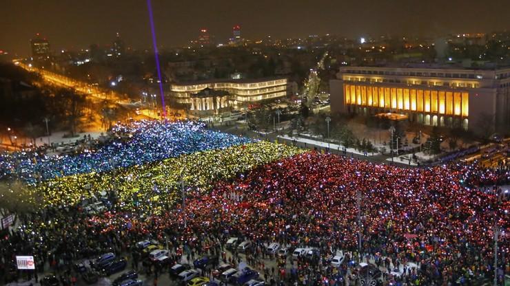 Rumuni chcą dymisji rządu. Dziesiątki tysięcy ludzi na demonstracjach