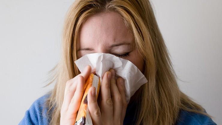 Rośnie liczba osób chorych na grypę