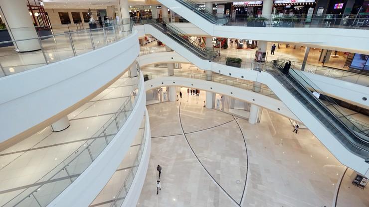 Szwecja: premier i minister odwiedzili centra handlowe... wbrew własnym apelom