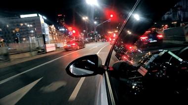 Zamiast taksówki, kurs z kierowcą z aplikacji. Czy jest bezpiecznie?