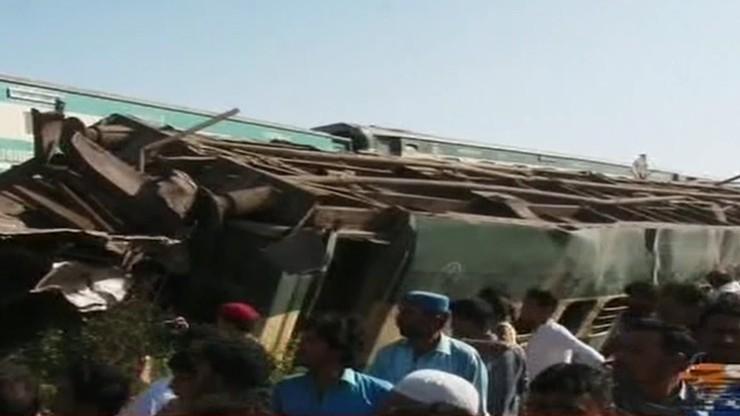 Co najmniej 40 osób zginęło. Dziesiątki rannych w zderzeniu pociągów ekspresowych w Pakistanie