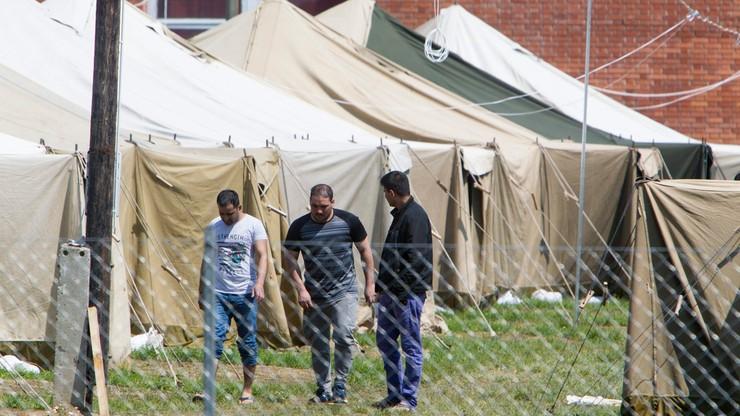 Węgierski parlament zatwierdził referendum ws. relokacji uchodźców