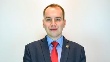 Andruszkiewicz został wiceministrem cyfryzacji. W przeszłości był prezesem Młodzieży Wszechpolskiej