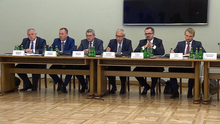 Komisja ds. VAT: Jacek Rostowski i trzech wiceministrów z rządu Tuska mogli popełnić przestępstwo
