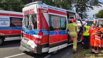 Wypadek z udziałem karetki na Dolnym Śląsku