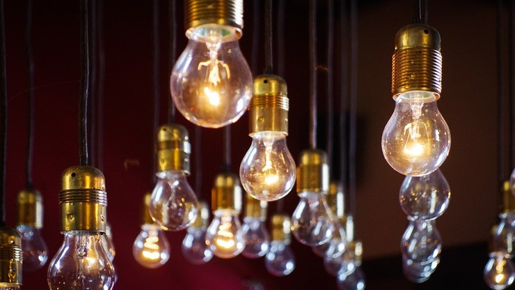 W 2018 roku wzrosną ceny energii. Zmaleją za to opłaty sieciowe