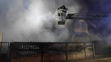 Z pożaru domu uratowali tylko butlę z tlenem dla ciężko chorego ojca. Dramat czteroosobowej rodziny