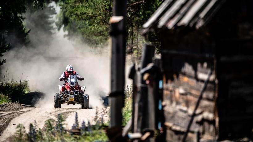 Silk Way Rally: Drugie miejsce Sonika po trzech etapach wyścigu
