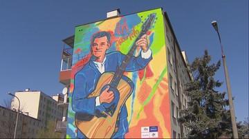Król disco polo na muralu w Białymstoku