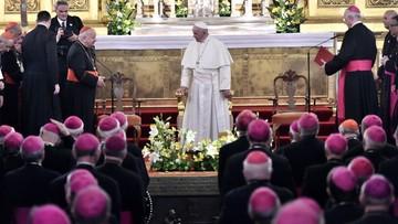 """Franciszek na """"zamkniętym"""" spotkaniu z biskupami mówił o """"działalności charytatywnej kościoła"""""""