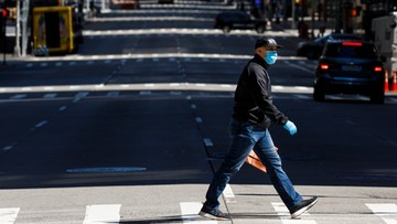 630 zgonów w stanie Nowy Jork w ciągu ostatniej doby. Od dziś obowiązek zakrywania twarzy
