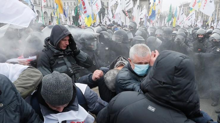 Media: starcia między demonstrantami a policją na Majdanie Niepodległości