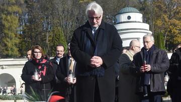 """""""Chcę, by miejsca pamięci były zorganizowane zgodnie z prawem"""". Szef MSZ złożył hołd obrońcom Lwowa na Cmentarzu Orląt"""