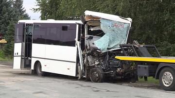 Wypadek autokaru z uczniami koło Nowego Sącza. Jedna osoba nie żyje, 7 w ciężkim stanie