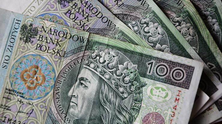 Polacy zadłużają się na potęgę. Rekordzista ma ponad 6 mln zł długu
