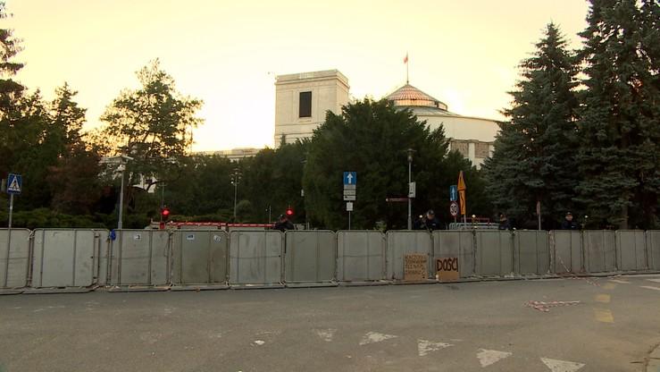 Karczewski: na razie płotu wokół Sejmu nie będzie