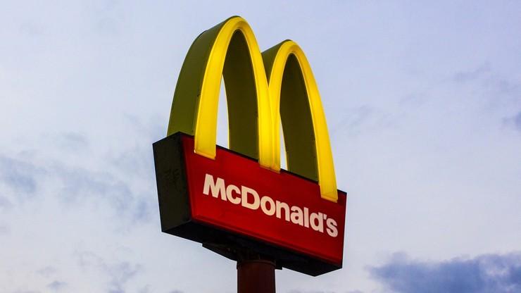 Ostrowiec Świętokrzyski: regał przygniótł kobietę w restauracji McDonald's