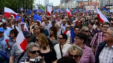 """""""Marsz Wolności"""" w Warszawie. """"Jesteśmy razem, zwyciężymy!"""""""