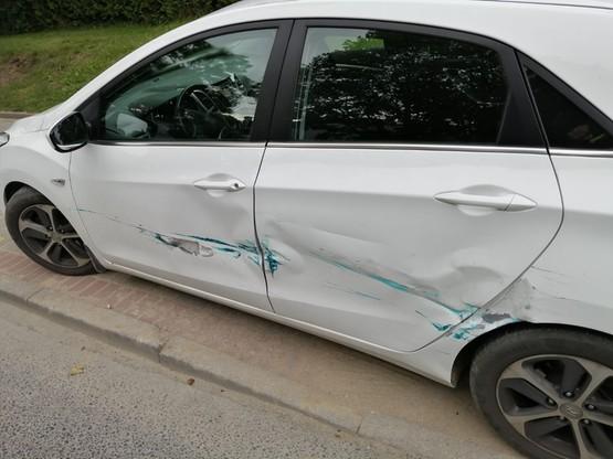 100-letni kierowca nie zatrzymał się przed znakiem